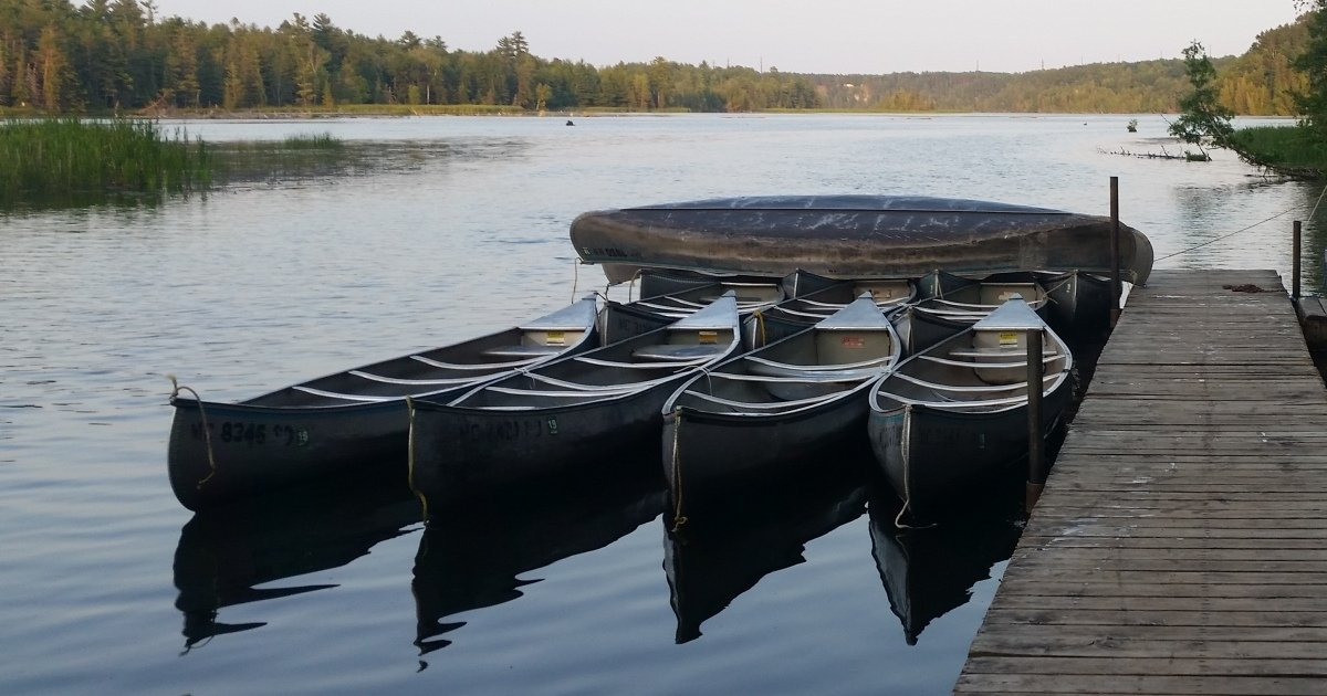 Au Sable Canoe Rental: Rollway Resort, Hale MI