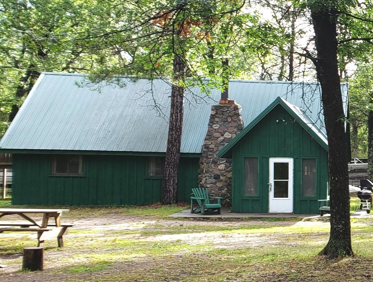 AuSable River Cottages for Rent: Rollway Resort