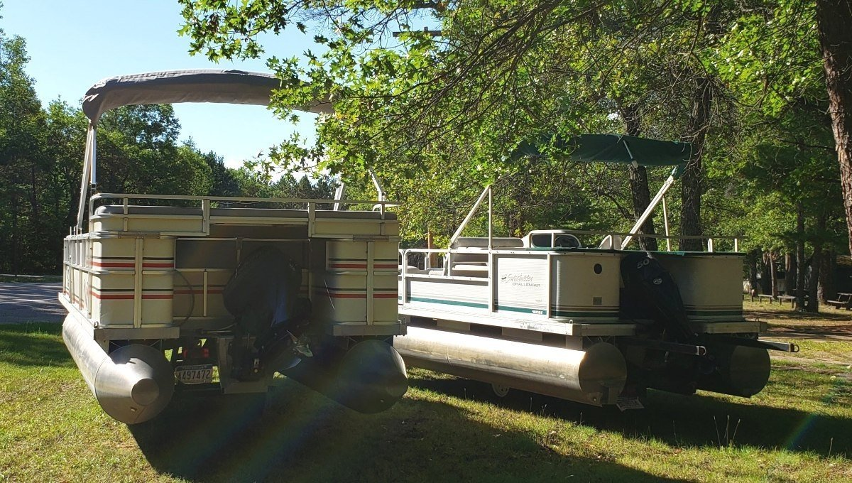 Pontoon Boat Rentals: Available from Rollway Resort, Hale MI